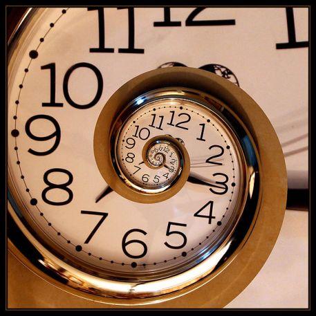 600px-Eternal_clock
